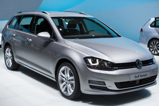 2014 VW Golf Wagon: Geneva Auto Show