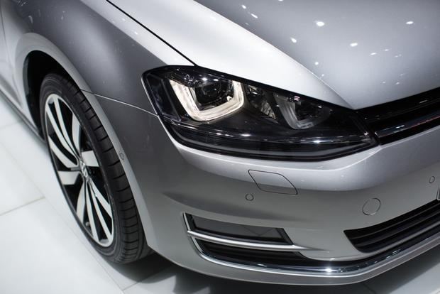 2014 VW Golf Wagon: Geneva Auto Show featured image large thumb2