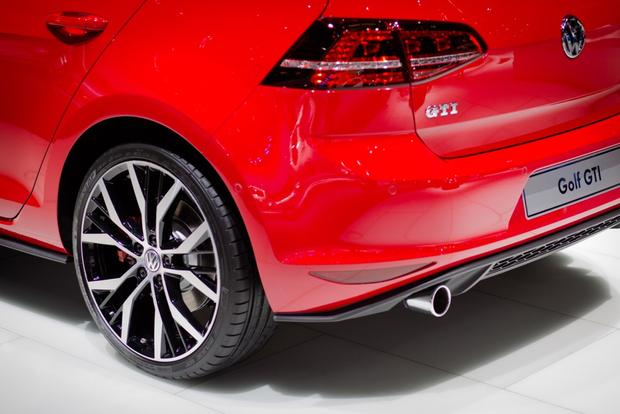 2014 VW GTI: Geneva Auto Show featured image large thumb1