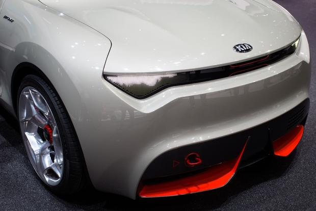 2013 Geneva Auto Show: Kia Provo Concept Wows the Crowds featured image large thumb5