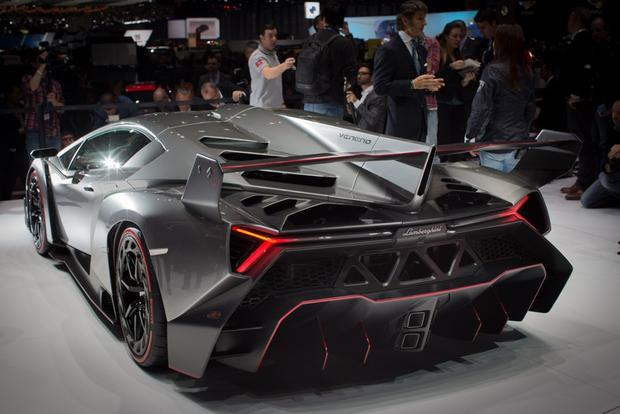 Lamborghini Veneno: 2013 Geneva Auto Show featured image large thumb7