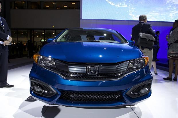 2014 Honda Civic Coupe and Sedan: LA Auto Show featured image large thumb2
