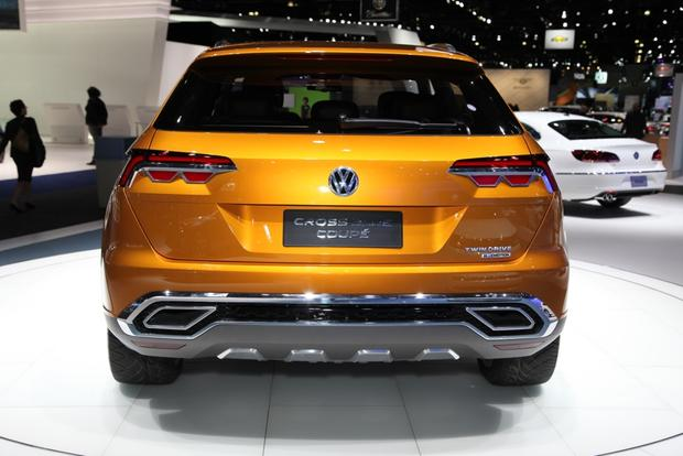 Volkswagen CrossBlue Coupe Concept: LA Auto Show featured image large thumb4