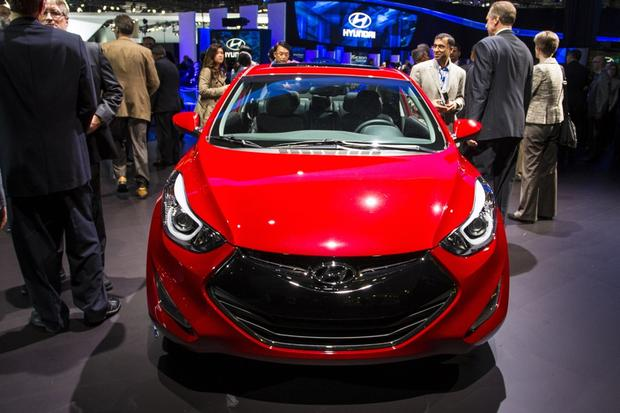 2014 Hyundai Elantra Coupe: LA Auto Show featured image large thumb0