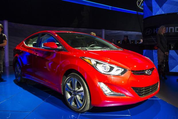 2014 Hyundai Elantra: LA Auto Show featured image large thumb0