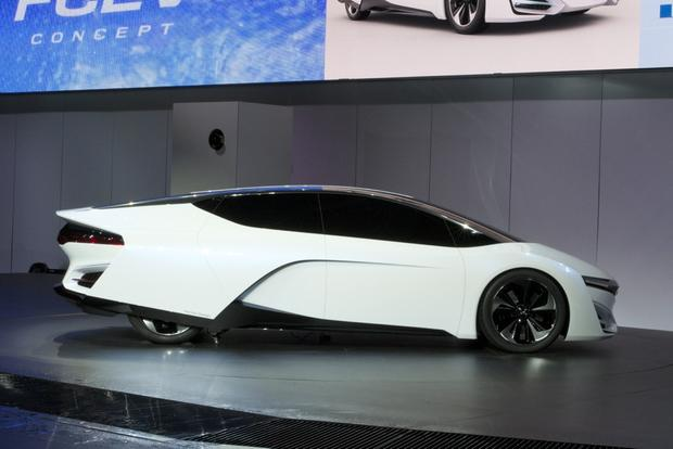 Honda FCEV Concept: LA Auto Show featured image large thumb3