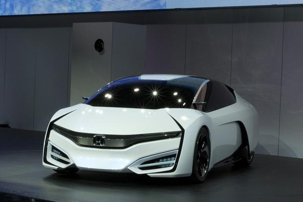 Honda FCEV Concept: LA Auto Show featured image large thumb4