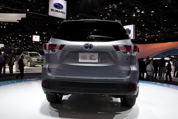 2014 Toyota Highlander: LA Auto Show featured image large thumb1