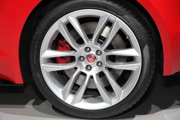 2015 Jaguar F-Type Coupe: LA Auto Show featured image large thumb3