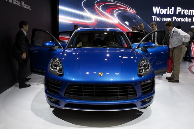 Porsche Macan: LA Auto Show featured image large thumb1