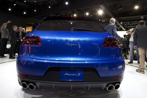 Porsche Macan: LA Auto Show featured image large thumb2