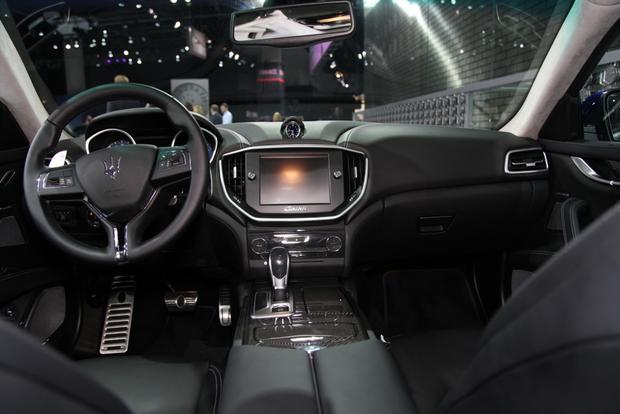 2014 Maserati Ghibli: LA Auto Show featured image large thumb7