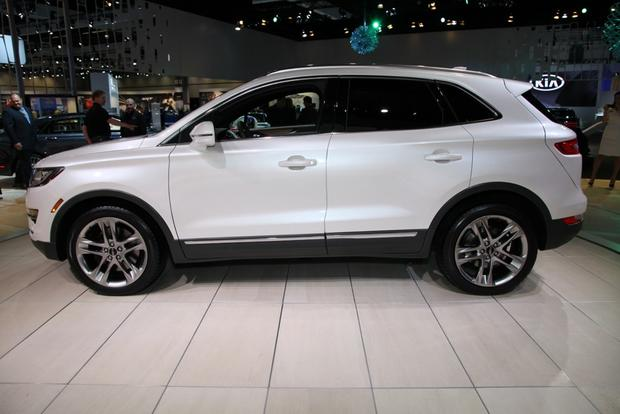 2015 Lincoln MKC: LA Auto Show featured image large thumb2
