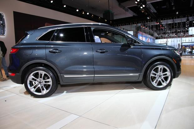 2015 Lincoln MKC: LA Auto Show featured image large thumb6
