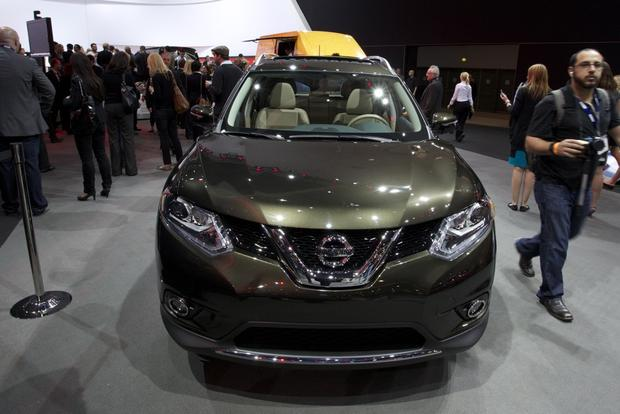 2014 Nissan Rogue: LA Auto Show featured image large thumb2