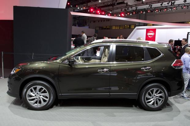2014 Nissan Rogue: LA Auto Show featured image large thumb3