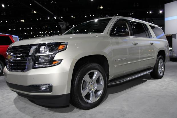 2015 Chevrolet Suburban and Tahoe: LA Auto Show featured image large thumb0