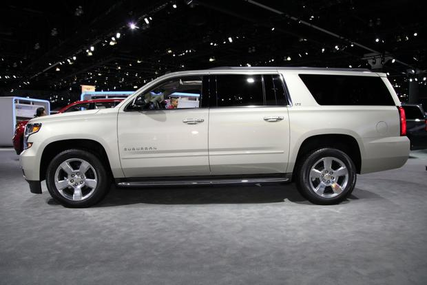 2015 Chevrolet Suburban and Tahoe: LA Auto Show featured image large thumb2