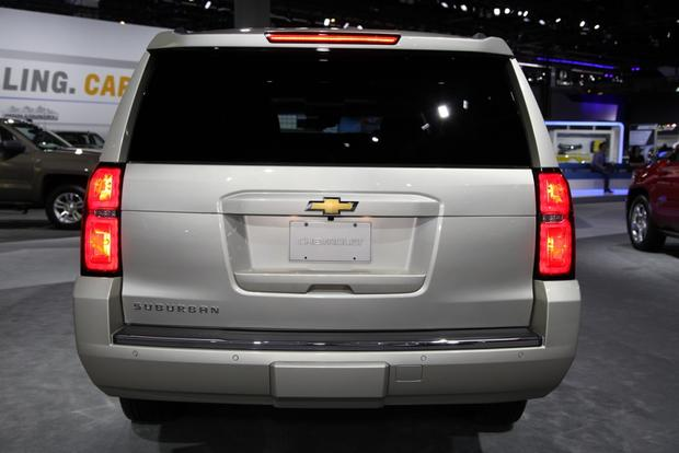 2015 Chevrolet Suburban and Tahoe: LA Auto Show featured image large thumb4