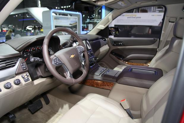 2015 Chevrolet Suburban and Tahoe: LA Auto Show featured image large thumb11
