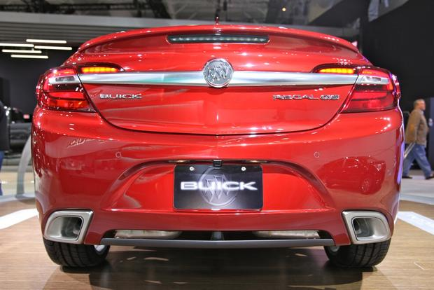 2014 Buick Regal: New York Auto Show featured image large thumb3