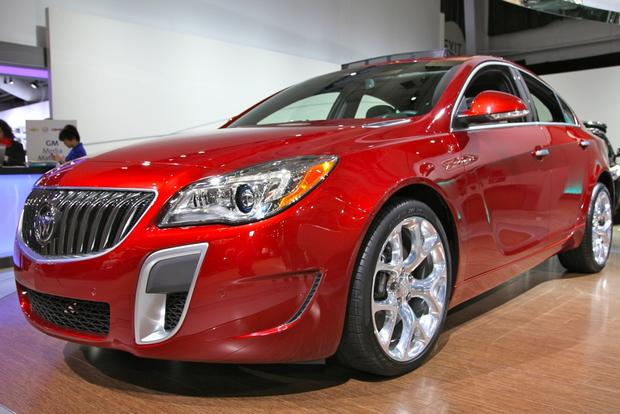2014 Buick Regal: New York Auto Show featured image large thumb4