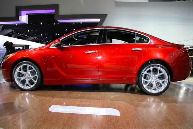 2014 Buick Regal: New York Auto Show featured image large thumb5