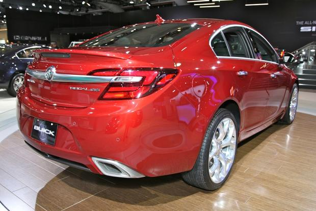 2014 Buick Regal: New York Auto Show featured image large thumb7