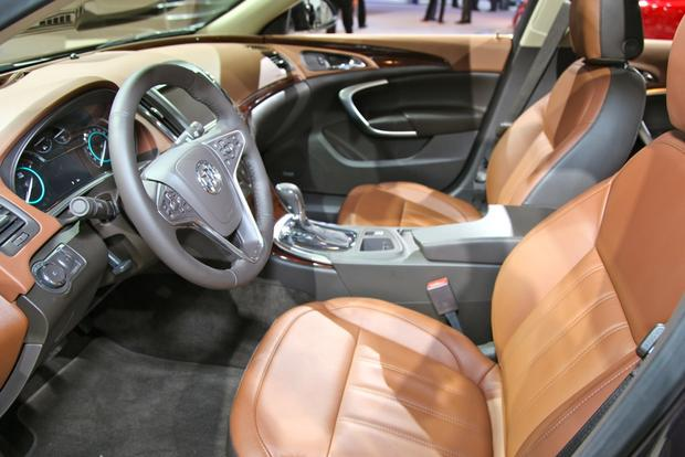 2014 Buick Regal: New York Auto Show featured image large thumb20