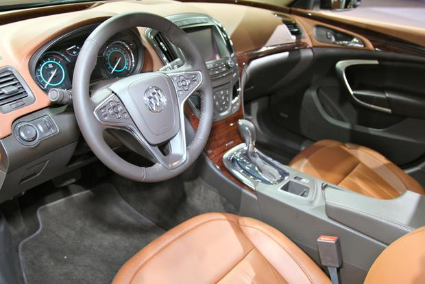 2014 Buick Regal: New York Auto Show featured image large thumb21