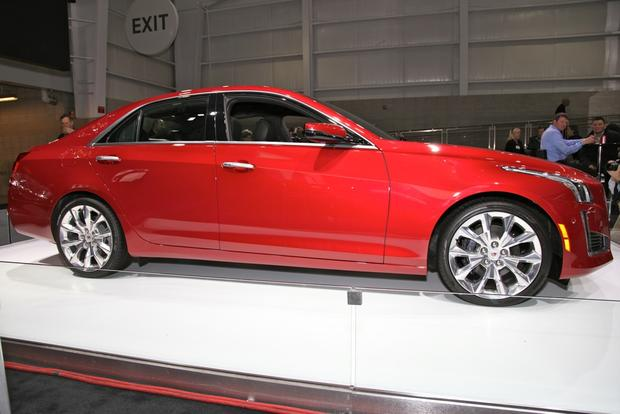 2014 Cadillac CTS: New York Auto Show featured image large thumb2