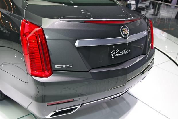 2014 Cadillac CTS: New York Auto Show featured image large thumb23