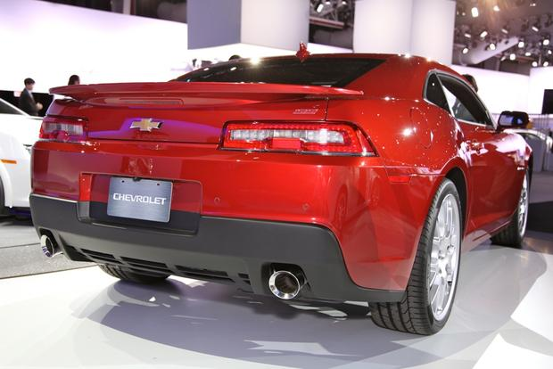 2014 Chevrolet Camaro: New York Auto Show featured image large thumb5