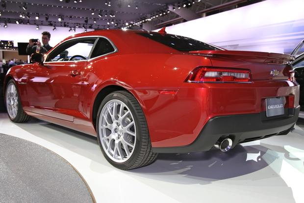 2014 Chevrolet Camaro: New York Auto Show featured image large thumb7