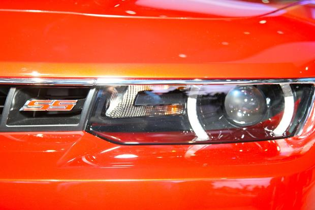 2014 Chevrolet Camaro: New York Auto Show featured image large thumb10