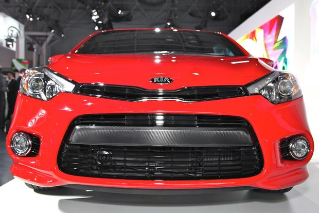 2014 Kia Forte Koup: New York Auto Show featured image large thumb2