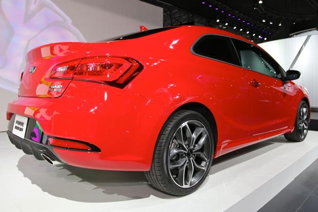 2014 Kia Forte Koup: New York Auto Show featured image large thumb5