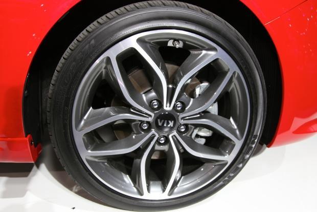 2014 Kia Forte Koup: New York Auto Show featured image large thumb10