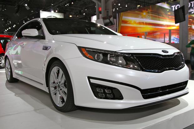2014 Kia Optima: New York Auto Show featured image large thumb0
