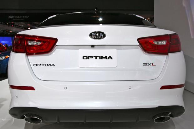 2014 Kia Optima: New York Auto Show featured image large thumb2