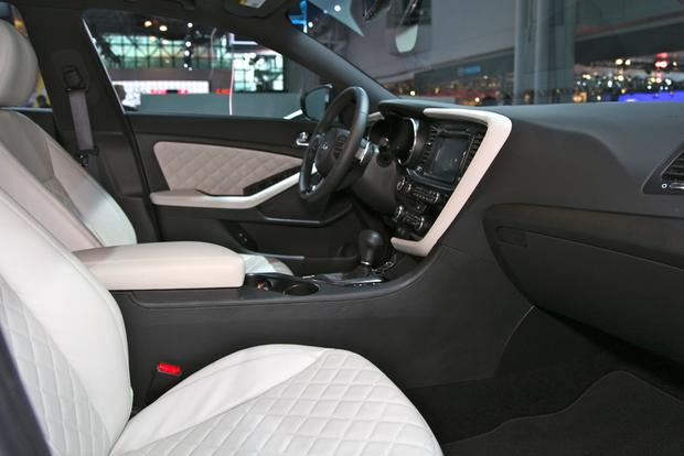 2014 Kia Optima: New York Auto Show featured image large thumb13