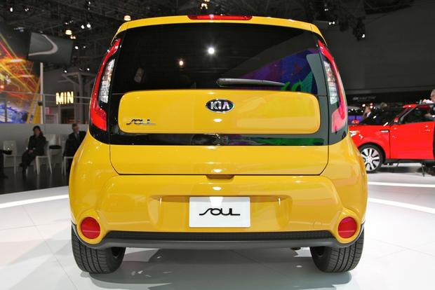 2014 kia soul: new york auto show featured image large thumb4