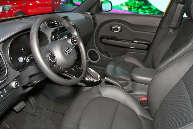 2014 kia soul: new york auto show featured image large thumb9