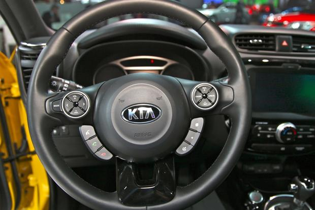 2014 kia soul: new york auto show featured image large thumb11