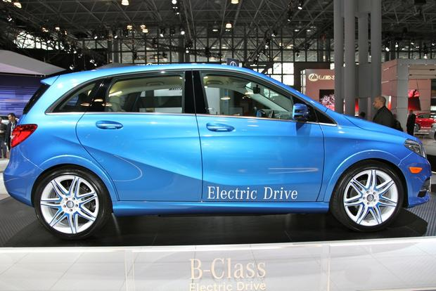 2014 Mercedes-Benz B-Class Electric Drive: New York Auto Show featured image large thumb1