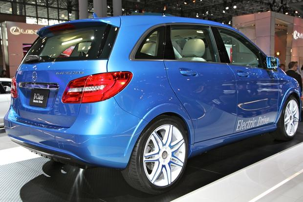2014 Mercedes-Benz B-Class Electric Drive: New York Auto Show featured image large thumb2
