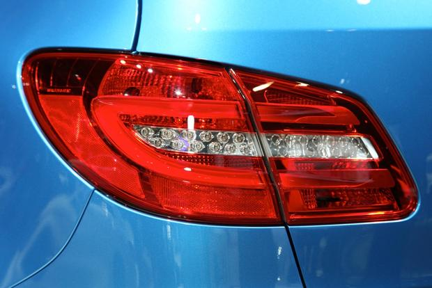 2014 Mercedes-Benz B-Class Electric Drive: New York Auto Show featured image large thumb10