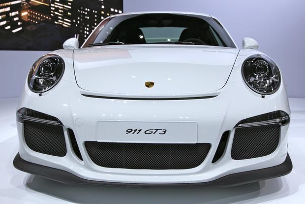 2014 Porsche 911 GT3: New York Auto Show featured image large thumb2