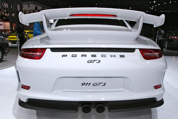 2014 Porsche 911 GT3: New York Auto Show featured image large thumb3