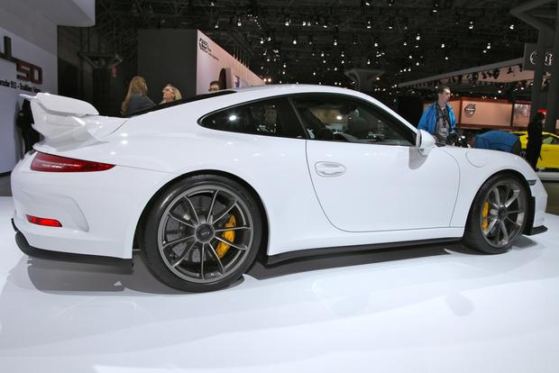 2014 Porsche 911 GT3: New York Auto Show featured image large thumb4
